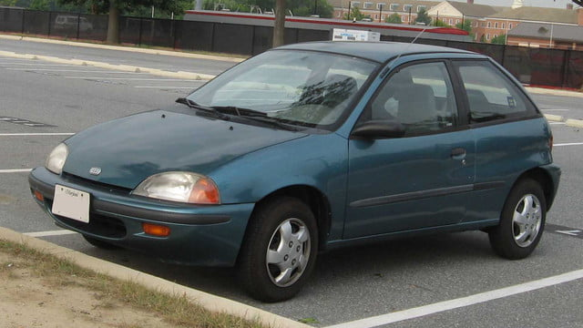 top 10 worst cars for valentines day sex 1995 2001 geo metro hatchback
