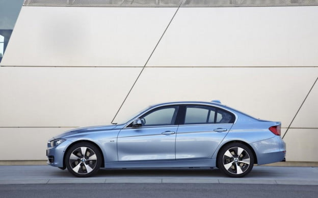 2017 Bmw Activehybrid 3 Driver S Side View