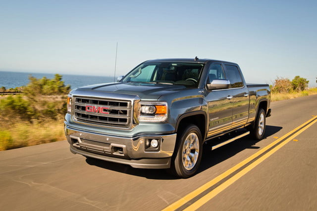 2014 GMC Sierra 1500 4WD in motion front angled
