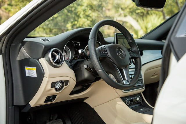 2014 Mercedes Benz CLA250 front drivers angle
