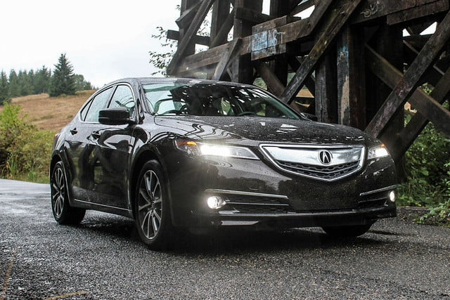 2015 Acura TLX front right v2