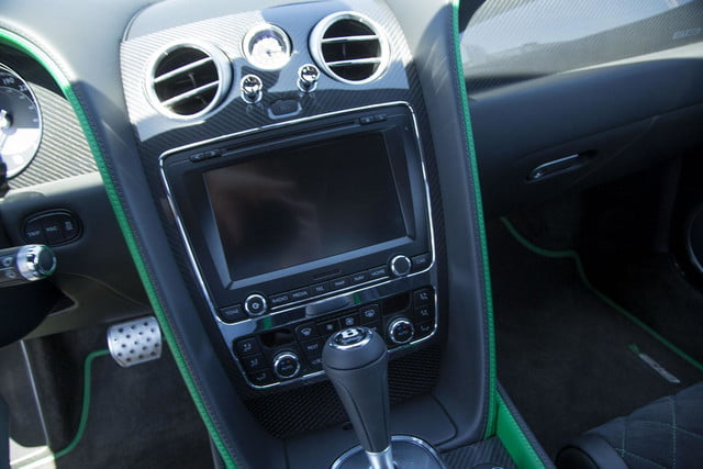 2015 Bentley Continental GT3-R center console