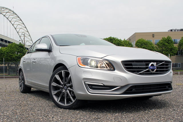2015 Volvo S60 T6 Drive E bottom front