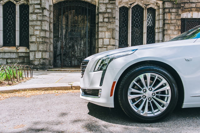 2017 cadillac ct6 plug in review  1
