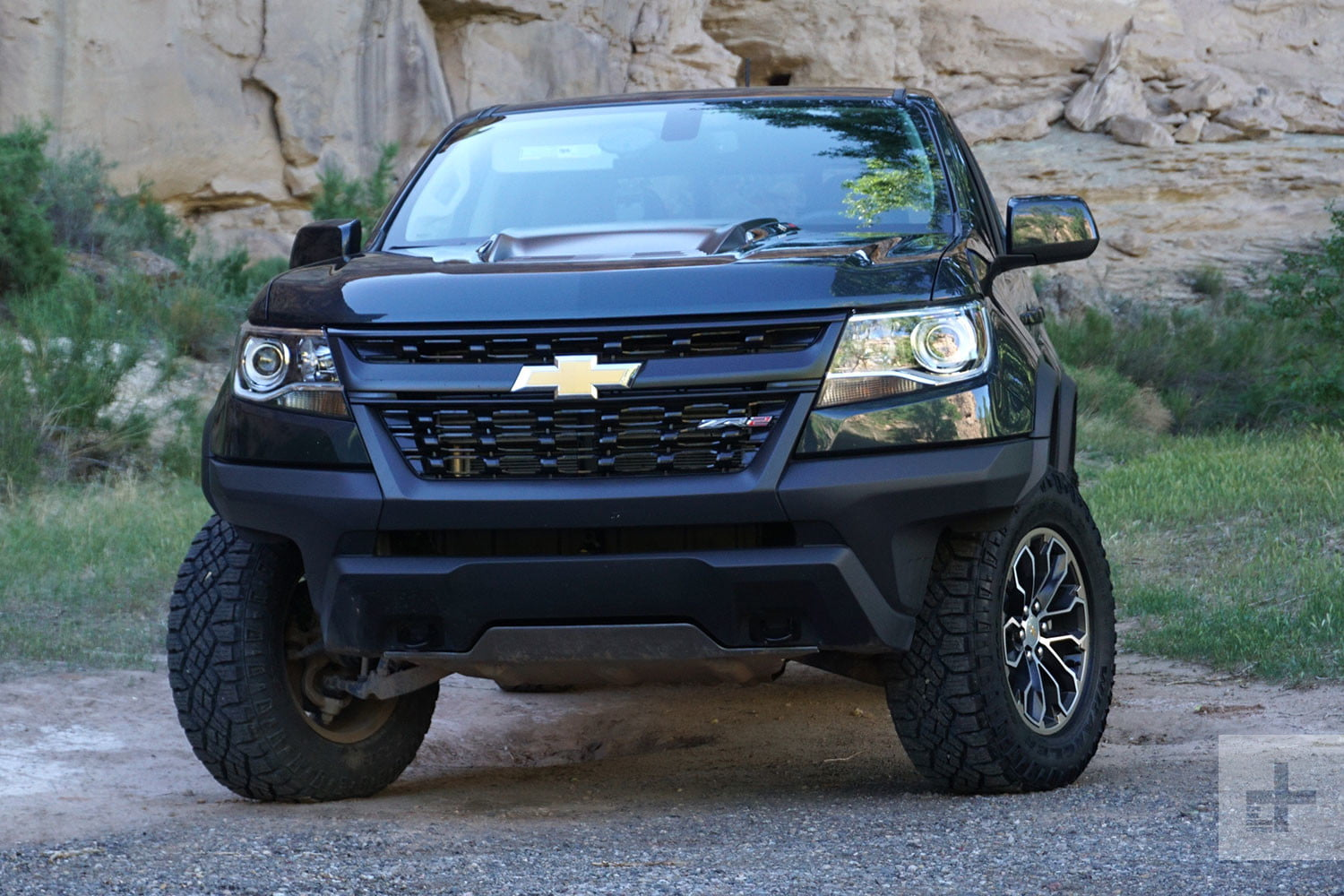 Chevy Colorado Z71 >> 2017 Chevrolet Colorado ZR2 offers off-road capability and street manners | Digital Trends