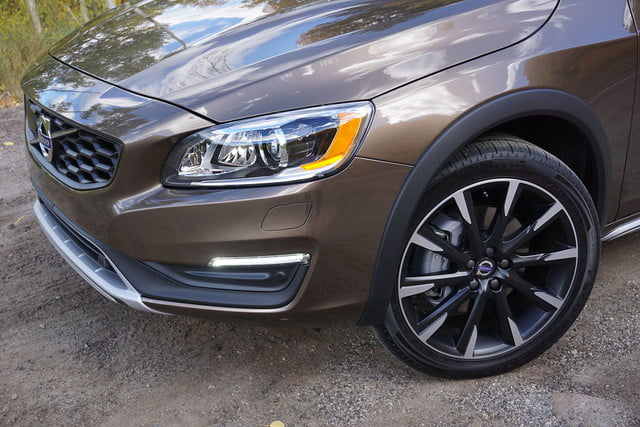 2017 volvo v60 cross country first drive tire headlight
