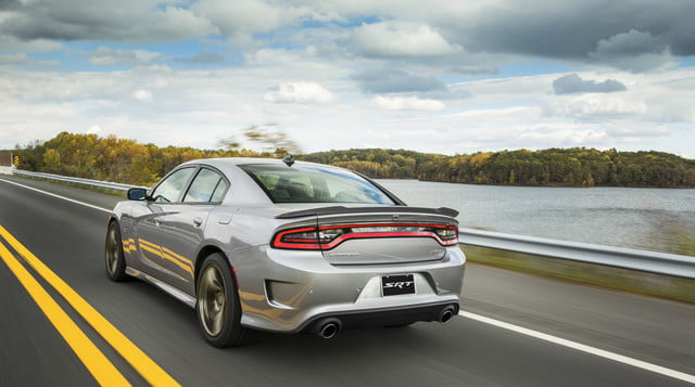 2018 dodge charger lineup with features specs and prices. Black Bedroom Furniture Sets. Home Design Ideas