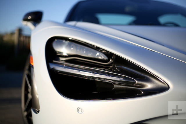 2018 mclaren 720s headlight