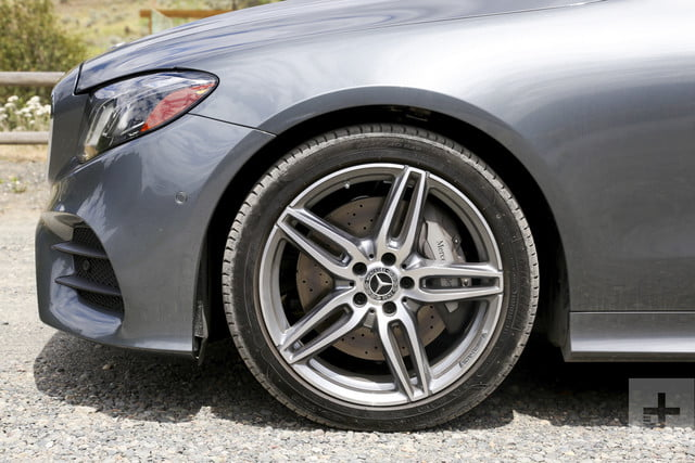 e400 coupe tight-side-shot-perpendicular-of-wheels
