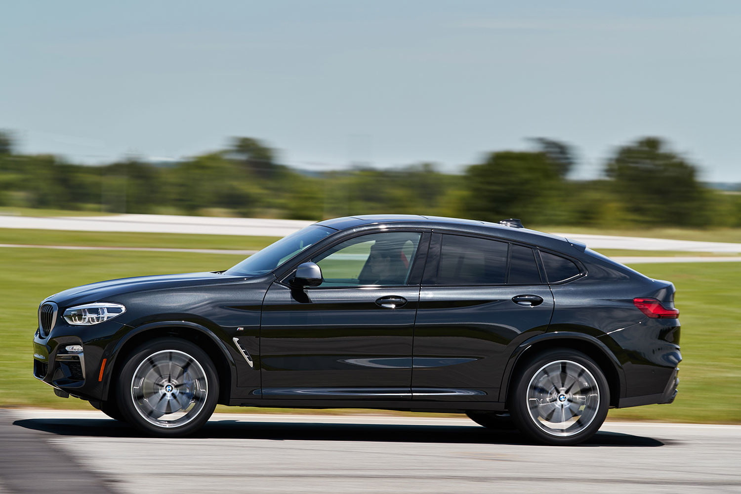 2019 BMW X4 M40i First Drive Review | Digital Trends