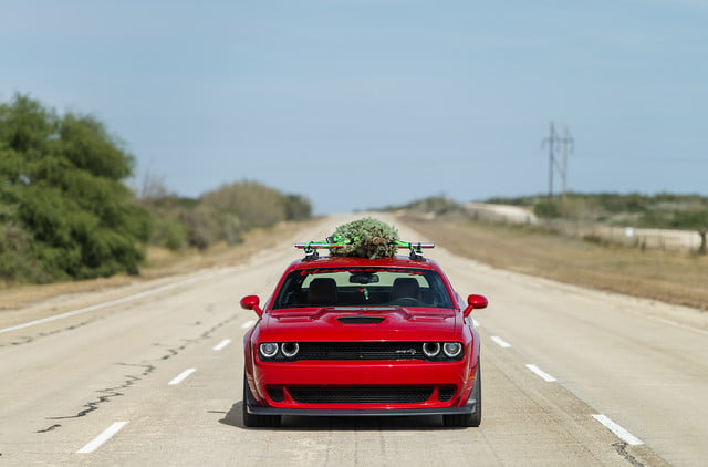 hennessey and dodge takes record for worlds fastest christmas tree 174mph 11