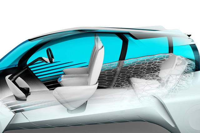 toyotas fcv plus concept comes to visit from a hydrogen future 2015 tokyo toyota 004