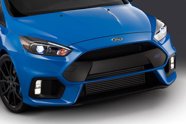 2016 Ford Focus RS press grill