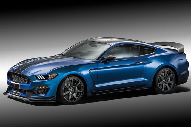 2016 Shelby GT350R front angle