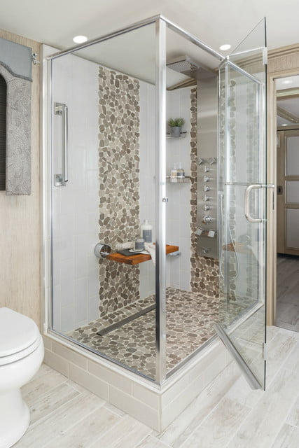 2017 newmar king aire shower 1