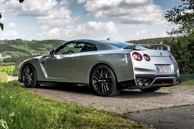 2017 nissan gt r first drive 006