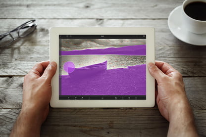 Turn A Single Photo Into A Gif With An iPad and the