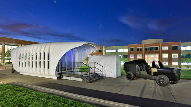sustainable 3d printed home gets energy from companion car amie 1 0 som 001