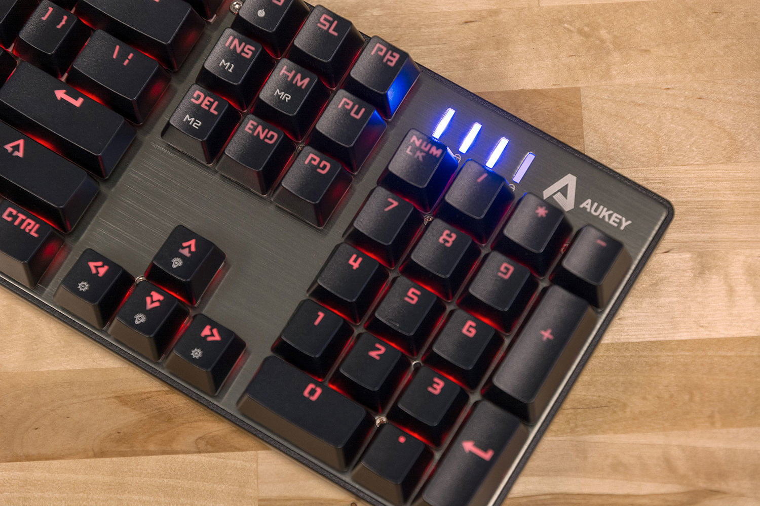Aukey's KM-G3 Keyboard Targets PC Gamers With Tight Wallets