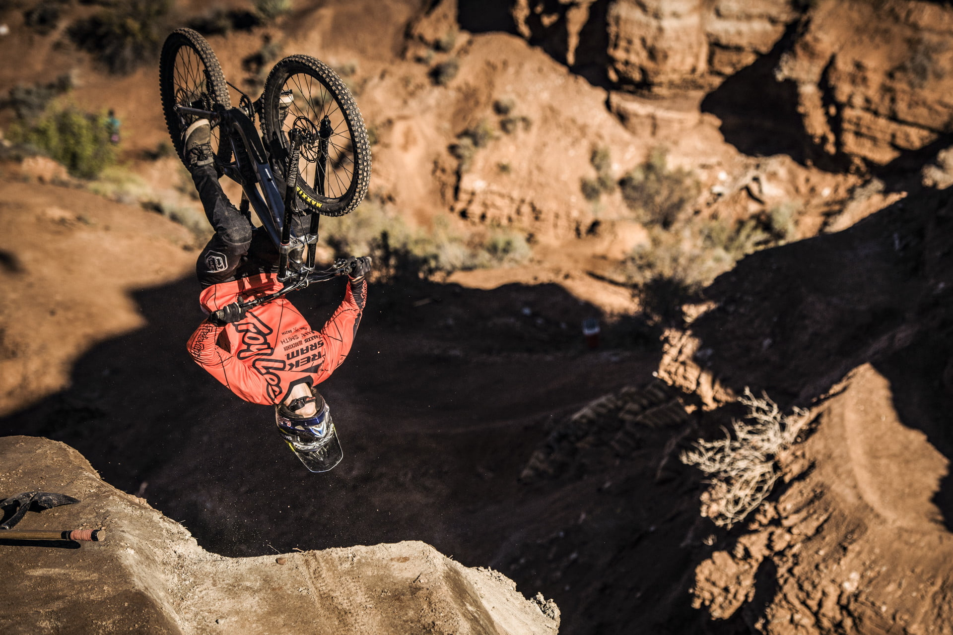 The Mountain Bike Technology of Red Bull Rampage | Digital