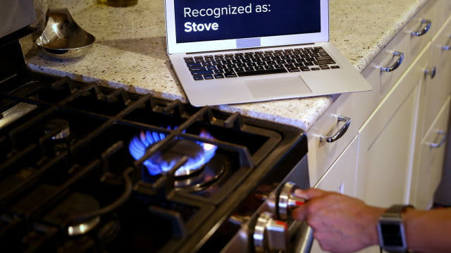 em sense smart watch wearable customizes experience identifies objects disney emsense stove