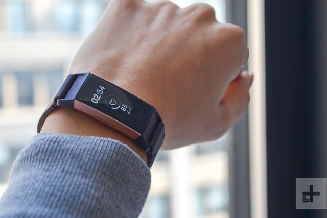 fitbit charge 3 wrist