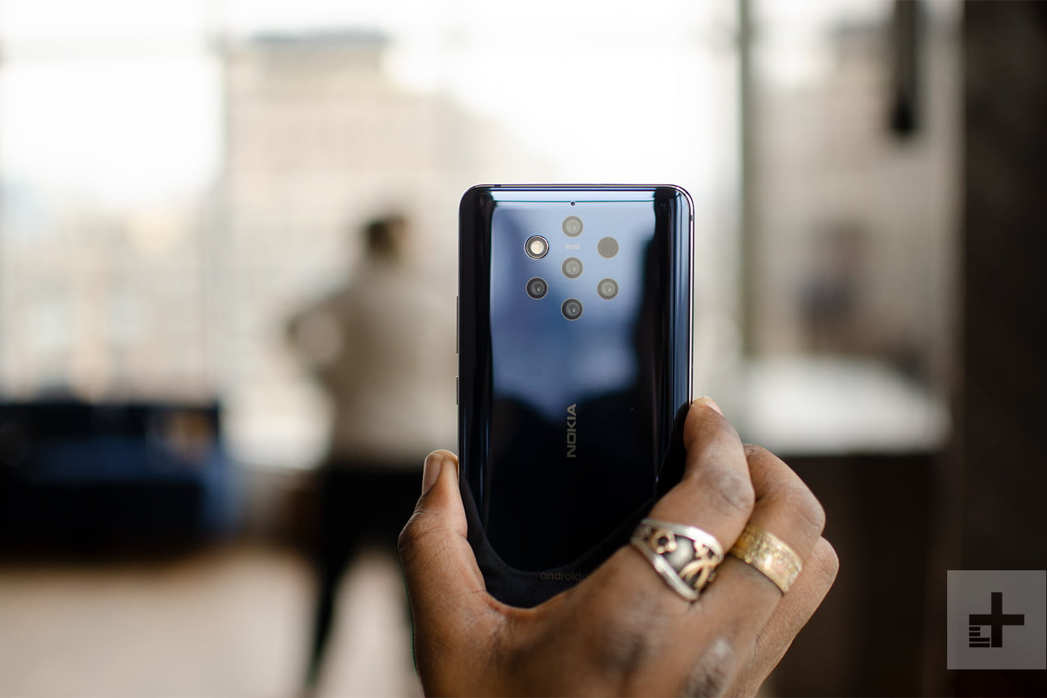 HMD's Nokia 9 PureView Has 5 Cameras And It's Coming To The