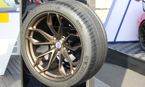 Michelin Pilot Sport 4 S Testing | Digital Trends