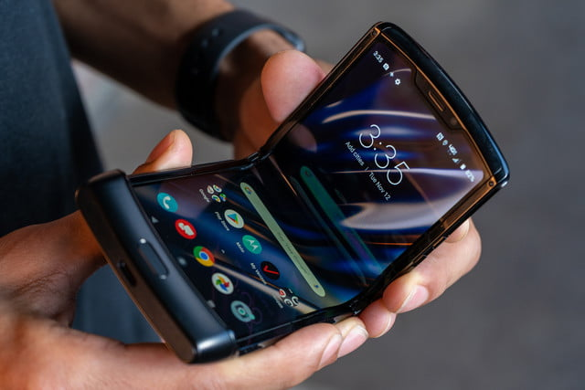 folding the new Motorola razr