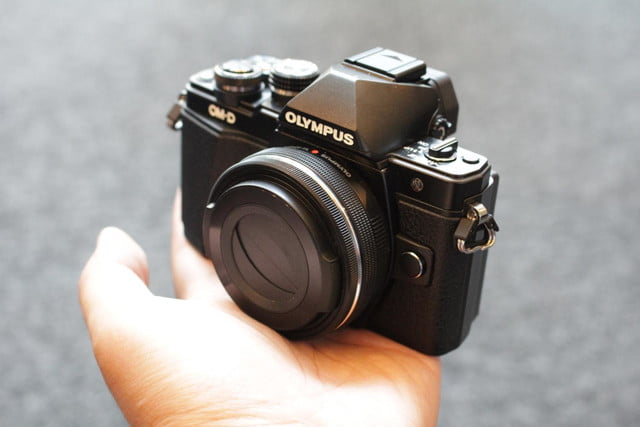 olympus gives entry level om d e m10 mirrorless camera big upgrades e10mkii 16