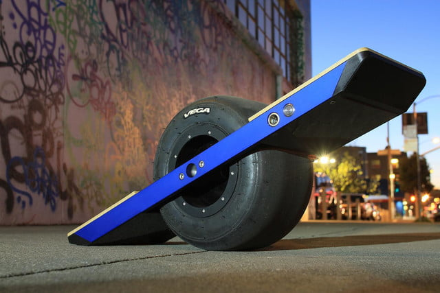 onewheel electric skateboard lifestyle image 16