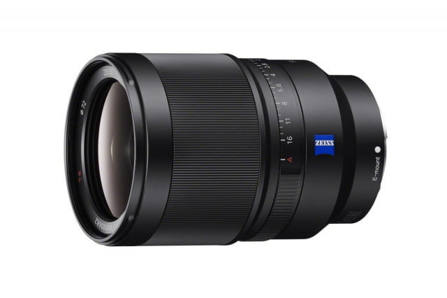 sony strengthens full frame a7 cameras with new macro and zoom lenses sel35f14z a