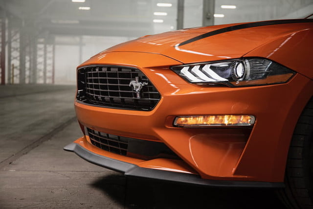ford mustang ecoboost 2020 high performance package 2 700x467 c