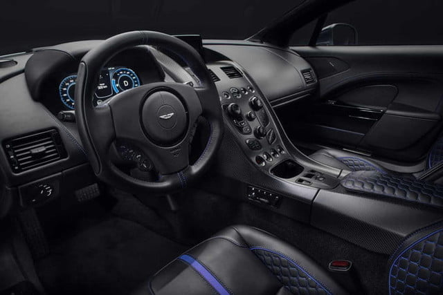rapid e aston martin 007 rapide official 7 700x467 c