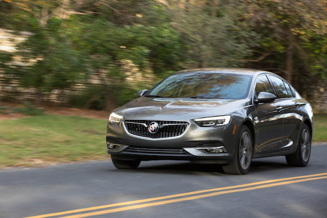 buick regal sportback 2018 8