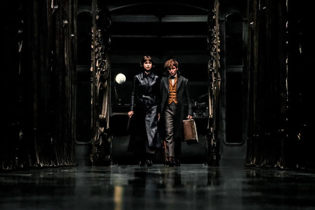 fantastic beasts harry potter 2 review 10 1200x800 c
