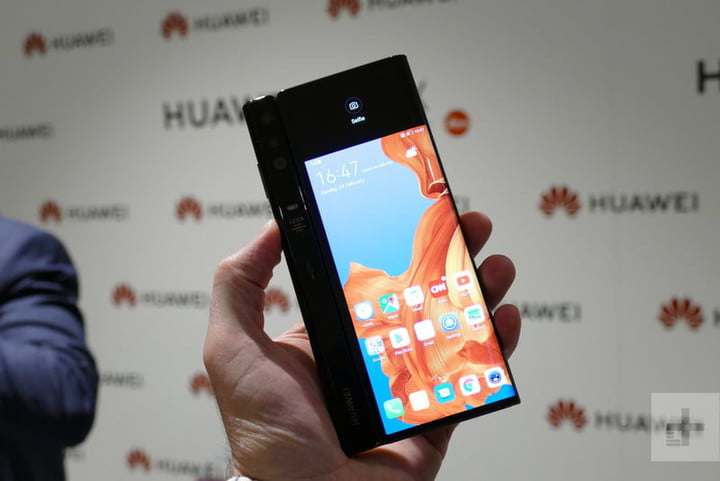 revision impresiones huawei mate x closed back 2 800x534 c