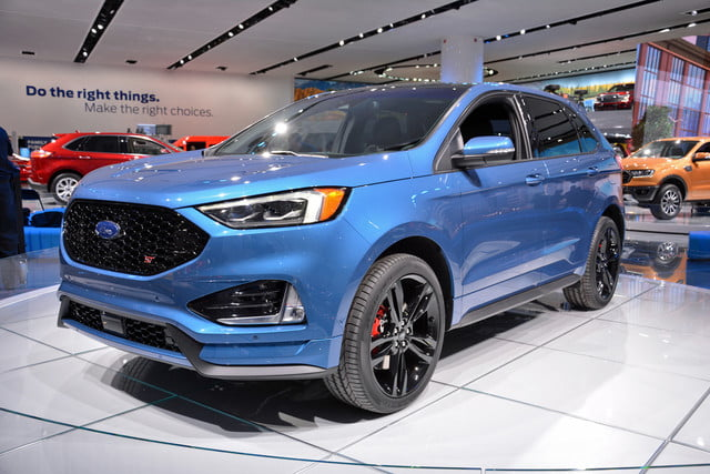 2019 Ford Edge ST | Photos, Details, Specs, and More | Digital Trends