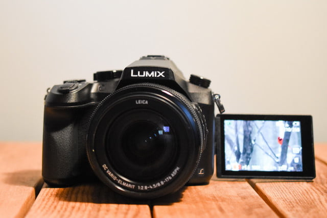 Panasonic FZ2500 review
