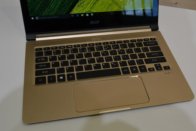 acer swift 7 hands on  0052