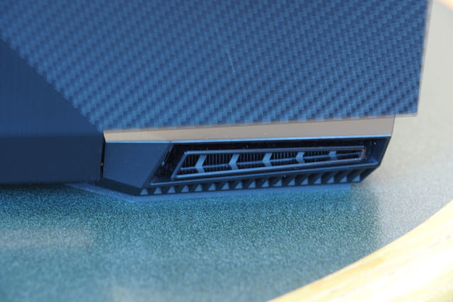 HP Omen 15 review back vent