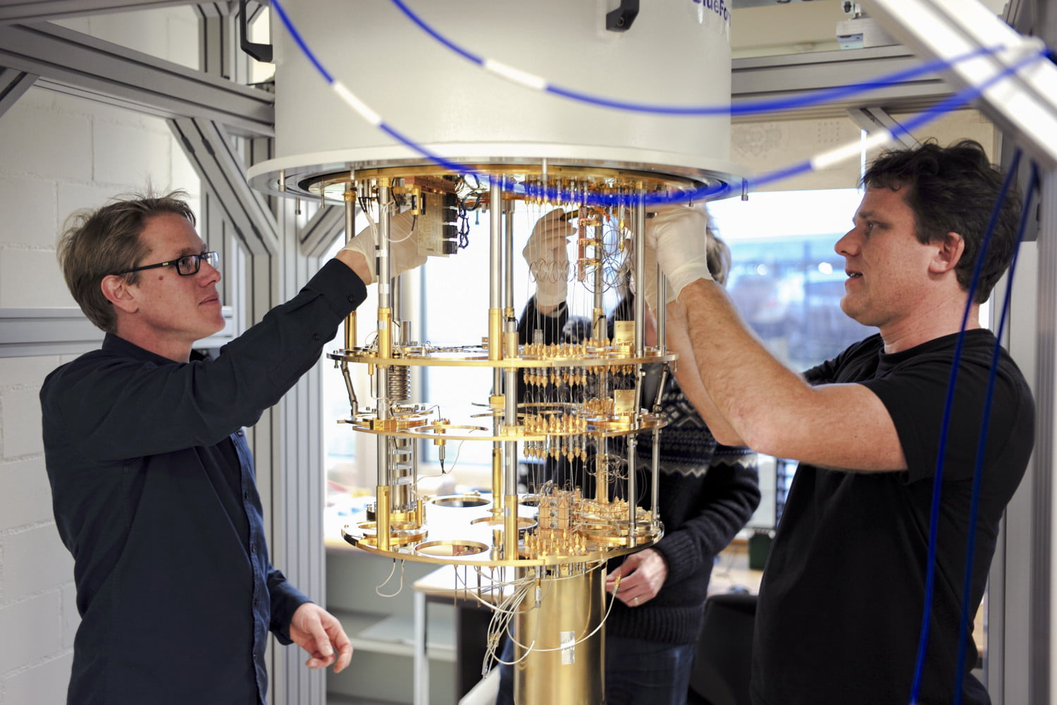 Ibm q brings the power of quantum computing to people who can ibm q quantum computing feature 1841 solutioingenieria Image collections