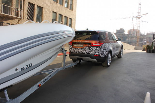 Land Rover Discovery Tow Assist