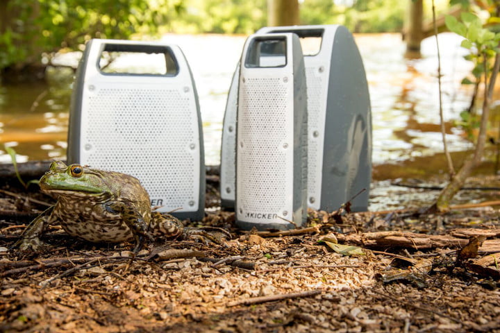 glamping kicker portable bf200 bluetooth speaker