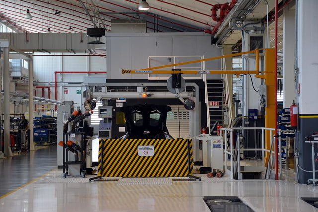 lamborghini factory tour pictures production process 0008
