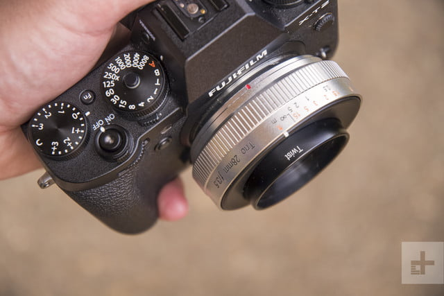 lensbaby trio 28 product shot 7