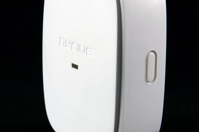 Nyrius Smart Outlet side button