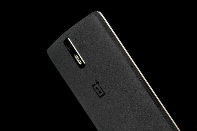 ONE Plus 1 top back angle