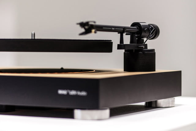 MAG-LEV Audio The First Levitating Turntable