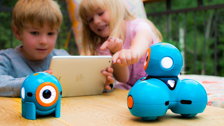 Toys For 9 Year Olds Can Invent : The best tech toys for kids to learn from and play with